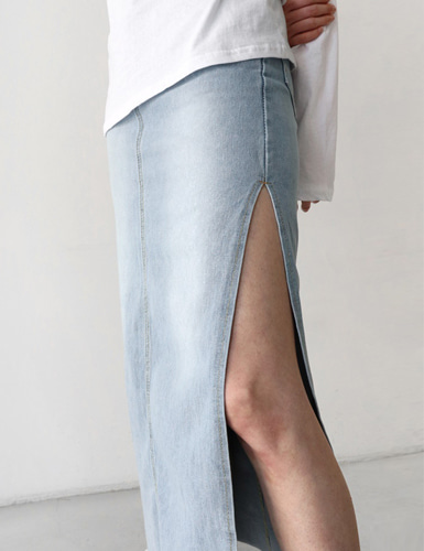 deep slit denim skirt그랩(GRAB)